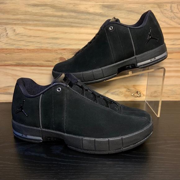 2f9a2ea59b93bb New Nike Air Jordan Team Elite 2 Low Triple Black